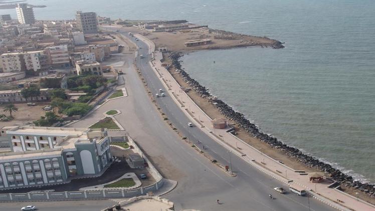 القوات الإماراتية في اليمن تقود حملة عسكرية لتحرير محافظة الحديدة وميناءها