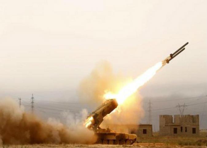 الحوثيون يجددون التهديد بقصف موانئ ومطارت الإمارات و السعودية