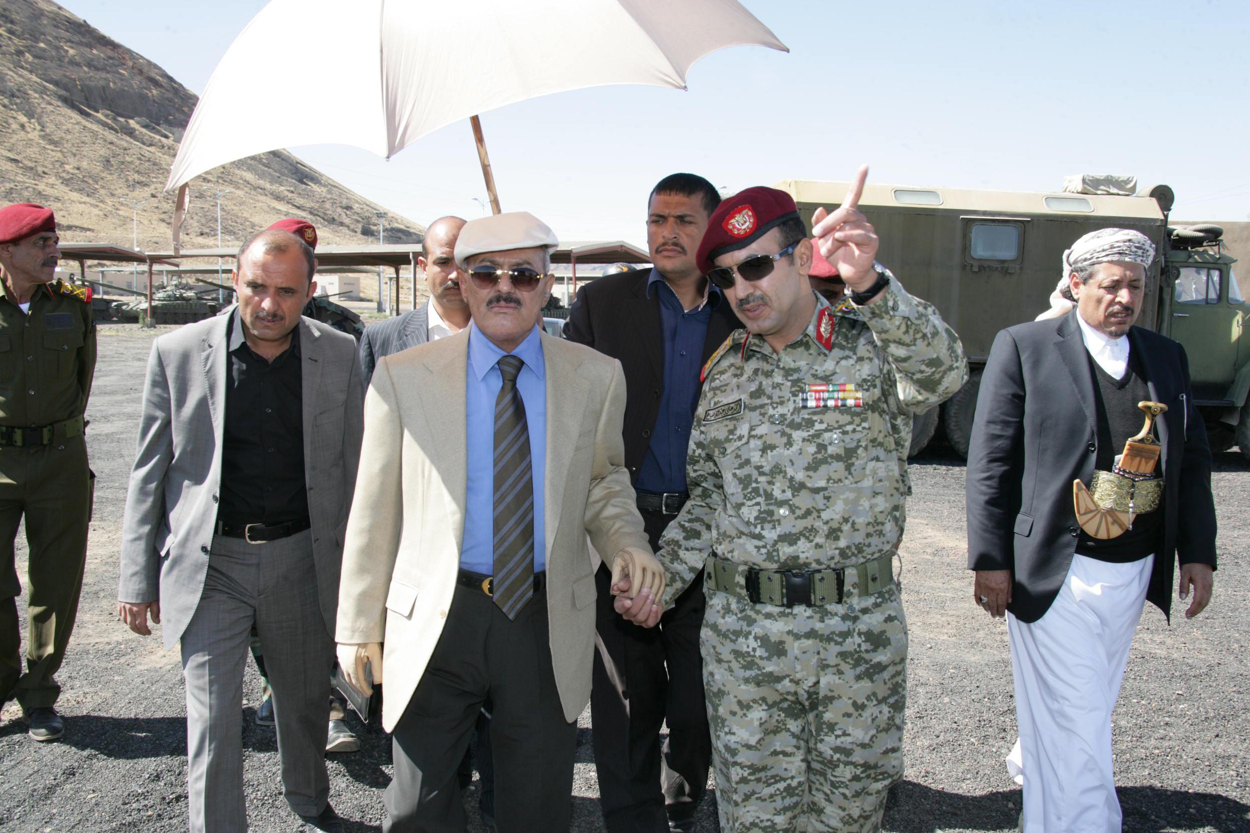 تسريبات تزعم فتح الإمارات لقناة اتصال سرية مع الحوثيين والتنسيق مع صالح