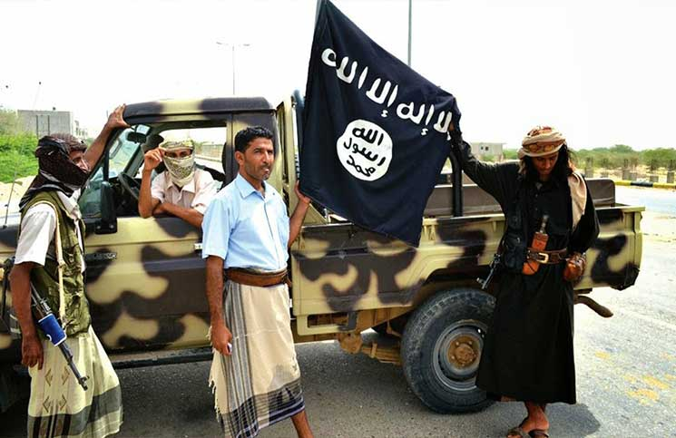 تنظيم القاعدة يهدد الإمارات بالانتقام بعد طرده من المكلا