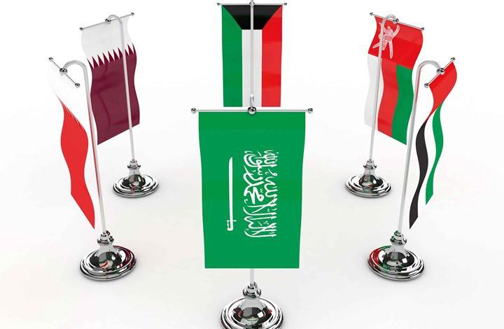 خمسة أشهر على الأزمة الخليجية.. لا أمل في الحل وركود اقتصادي يلوح في الأفق