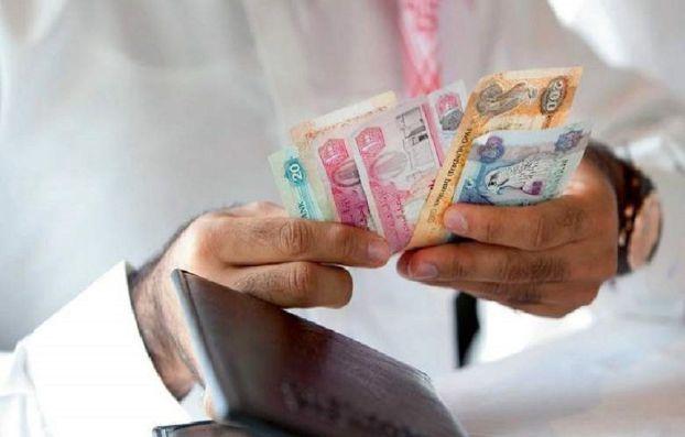 غرامة 15 ألف درهم على السلع المعروضة دون الضريبة الانتقائية في الإمارات