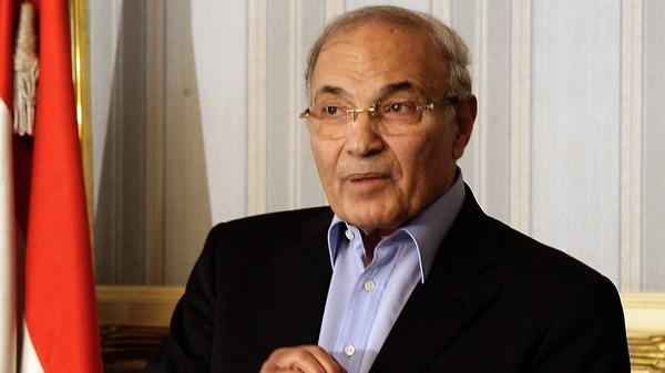 أكد ترشحه لانتخابات الرئاسة...احمد شفيق: الإمارات منعت سفري وأرفض تدخلها بشؤون مصر