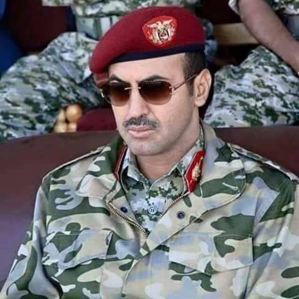 أحمد صالح ينفي رفع الإقامة الجبرية عنه في الإمارات