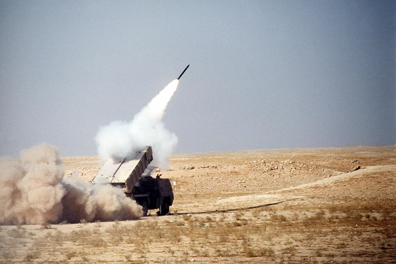 السعودية تعترض صاروخاً بالستيا أطلقه الحوثيون على نجران