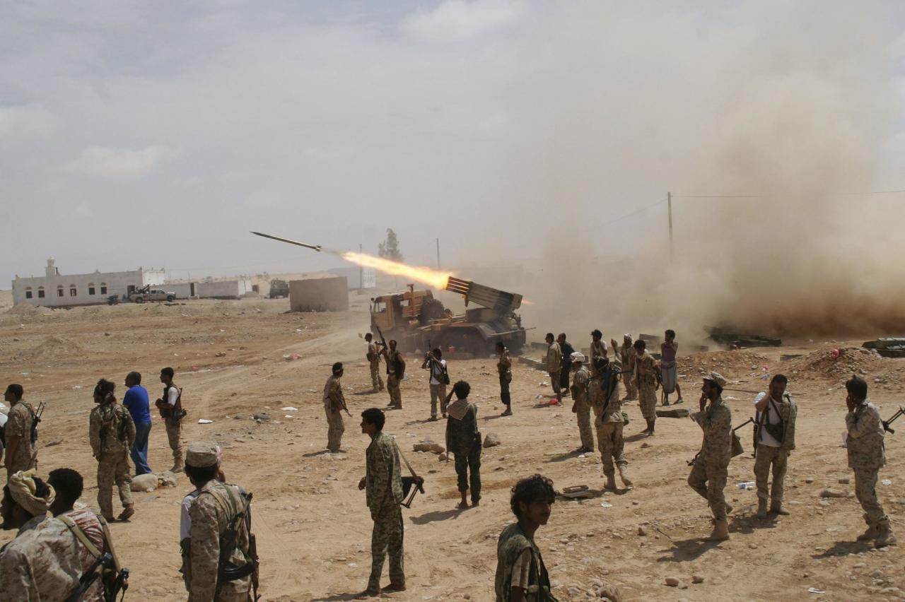 الحوثيون يفقدون أبرز منطقتين على
