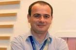 بعد 20 شهراً على اعتقاله بالإمارات...الصحفي الأردني تيسير النجار مهدد بفقدان بصره