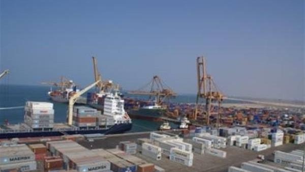مصادر يمنية : الإمارات تحول ميناء المخا اليمني إلى ثكنة عسكرية لقواتها