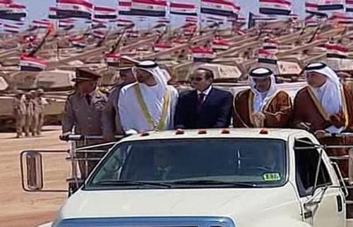 محمد بن زايد والسيسي يدشنان قاعدة عسكرية قرب الحدود الليبية