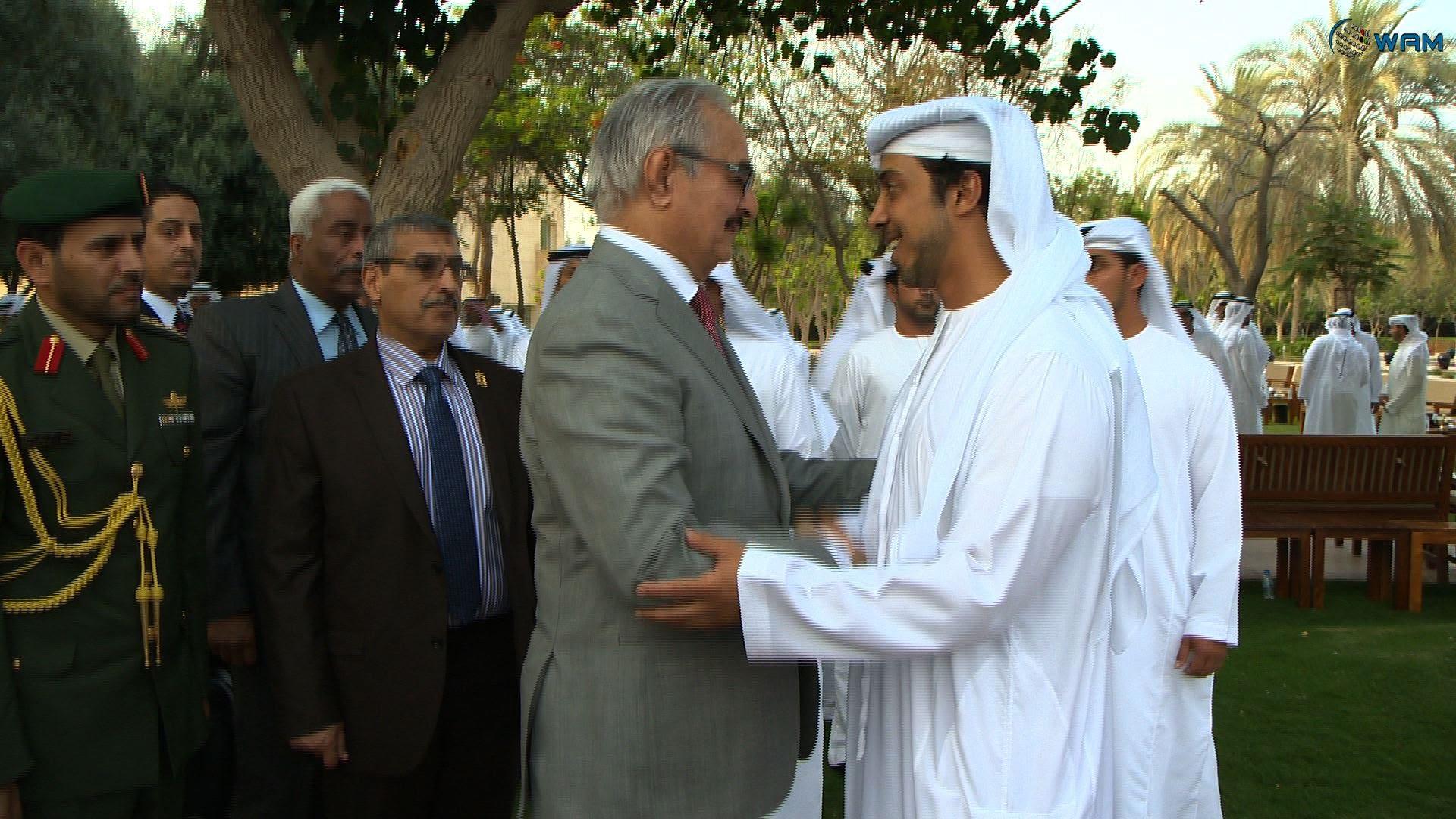مصادر ليبية: واشنطن عرقلت مساعي الإمارات وحفتر عقد لقاءات بهدف إفشال حكومة الوفاق
