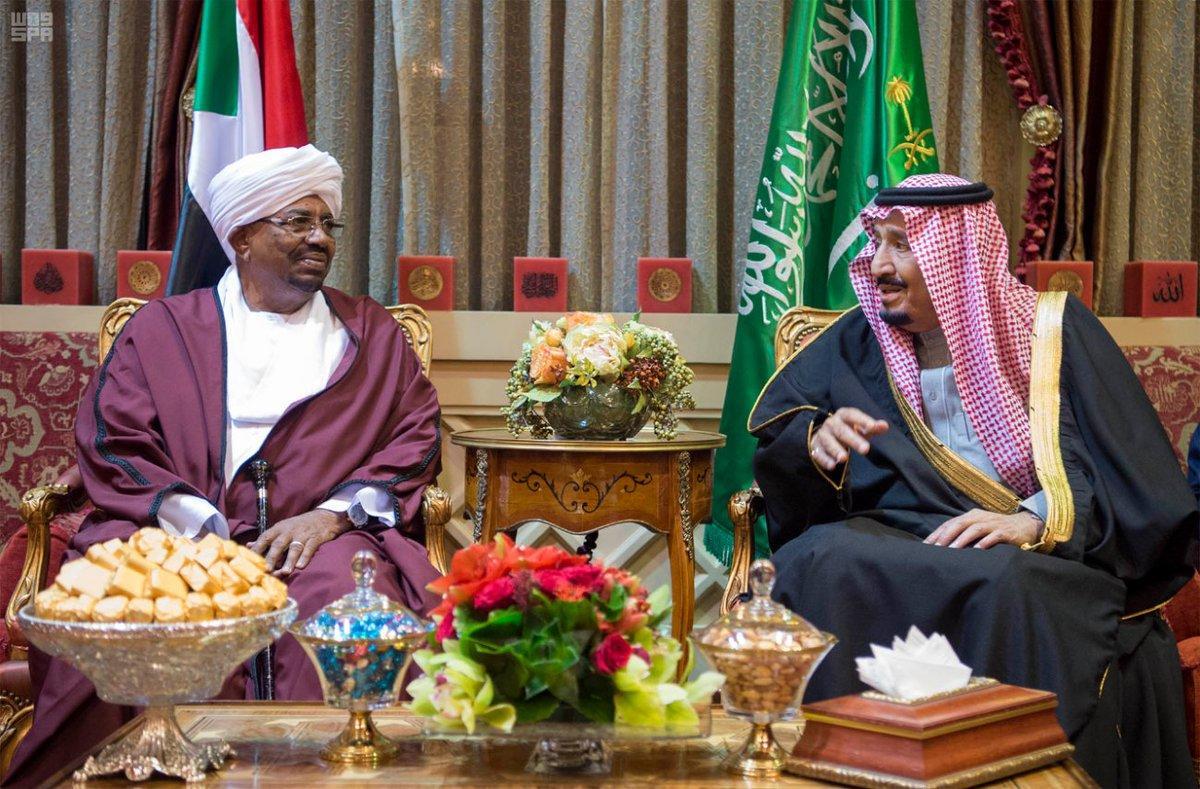 البشير يجري أول زيارة للسعودية بعد رفع العقوبات عن بلاده