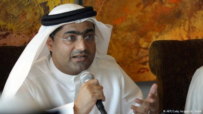 الناشط أحمد منصور: انتهاكات جديدة بسجن الرزين