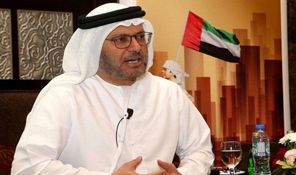 قرقاش ينفي فرض حصار على قطر  ويطالبها بتغليب