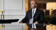 موقع أمريكي يكذب تصريحات السفير العتيبة حول حصوله على شهادة جامعية من