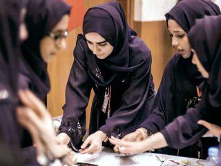 في اليوم الدولي للمرأة... حقوق الإماراتيات بين الترويج الرسمي والواقع