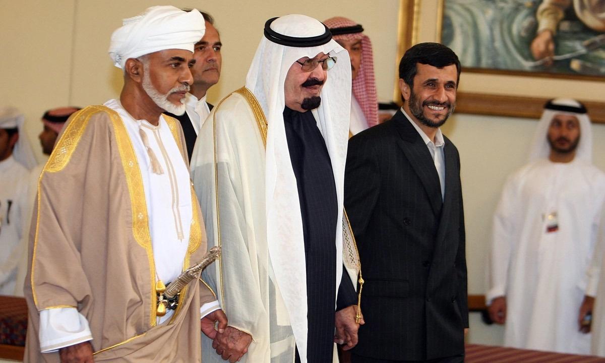«فورين أفيرز»: هل ستقف عُمان إلى جانب السعودية وتنهي علاقتها بإيران؟