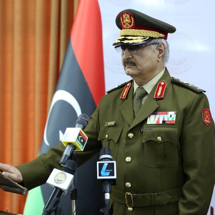 محمد بن زايد يستقبل حفتر ويؤكد دعم أبوظبي لتحركاته