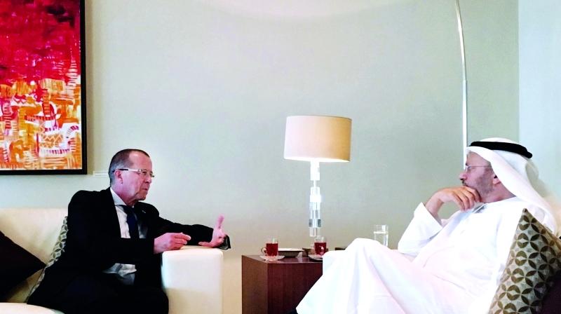 قرقاش يبحث مع المبعوث الأممي إلى ليبيا  خيارات دعم العملية السياسية