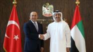 الزيارة المرتقبة لوزير خارجية الإمارات لتركيا..هل تعيد الدفء للعلاقات بين البلدين