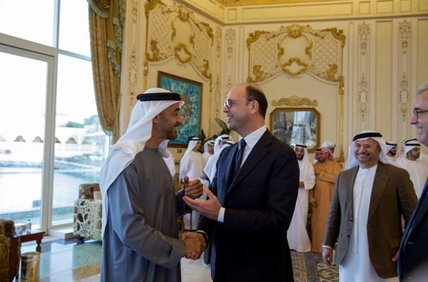 محمد بن زايد يبحث مع  وزير الخارجية الإيطالي سبل تعزيز العلاقات الثنائية