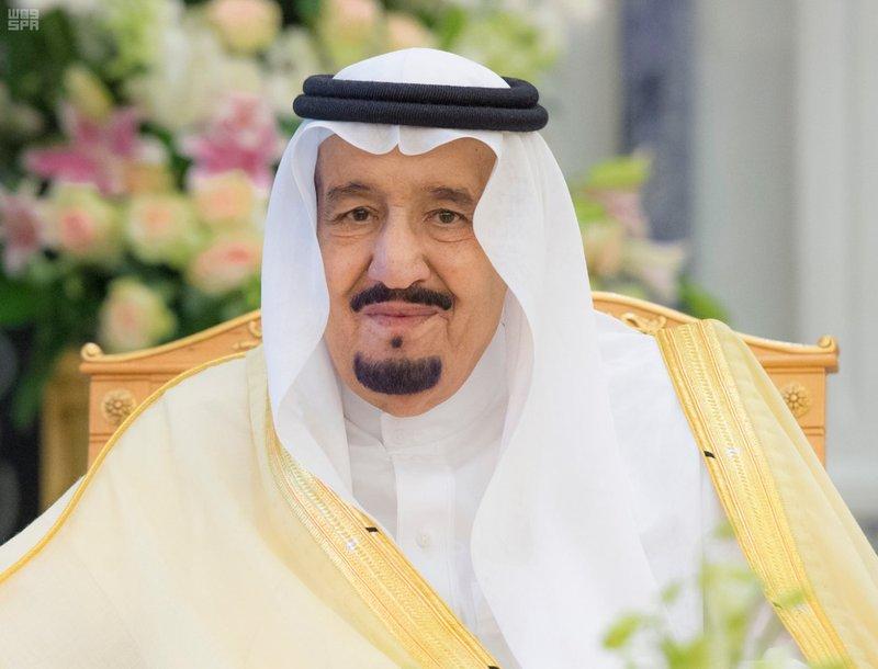 الملك سلمان يقيل قائد الأركان ويجري تغييرات واسعة بالجيش ووزارتي الدفاع والداخلية