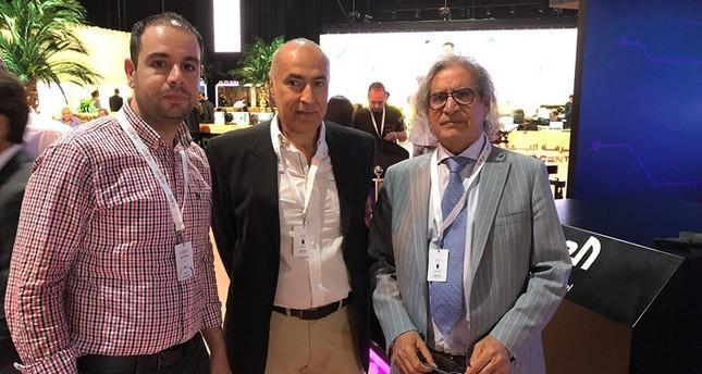 الإمارات تعتقل الصحفي الأمريكي «زيد بنيامين» بمطار دبي