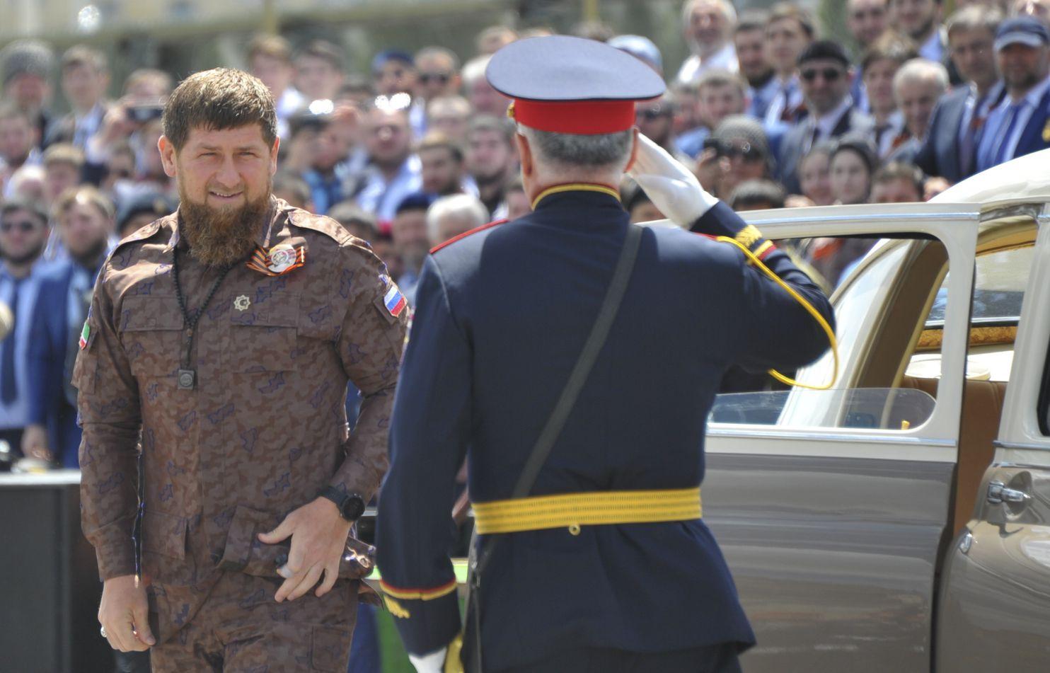 الرئيس الشيشاني يستخدم علاقته مع ولي عهد أبوظبي لزيادة النفوذ الروسي في المنطقة