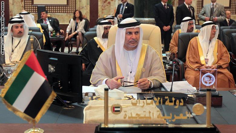 قرقاش يرد على وزير الداخلية اليمني: صوب رصاصك نحو الحوثي