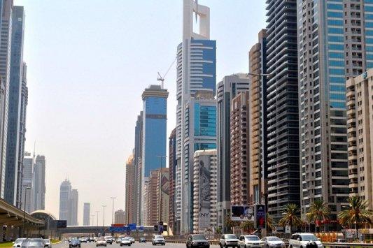 في ظل أزمة غير مسبوقة للقطاع...سوق العقارات الإماراتي ضحية لقرارات سياسية واقتصادية