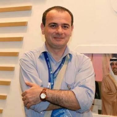 زوجة الصحفي الأردني تيسير النجار المعتقل في الإمارات تنشئ صندوق تبرعات للإفراج عنه