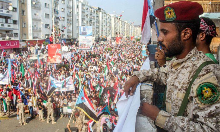 الحكومة اليمنية والانفصاليون المدعومون من أبوظبي يقتربون من اتفاق حول عدن