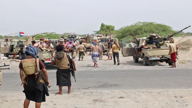 اشتباكات بالأسلحة الثقيلة بين المتمردين المدعومين إماراتيا والقوات الحكومية في سقطرى
