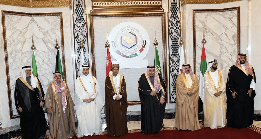محمد بن راشد ترأس وفد الإمارات...اختتام قمة الرياض وإجماع على ضرورة تماسك مجلس التعاون