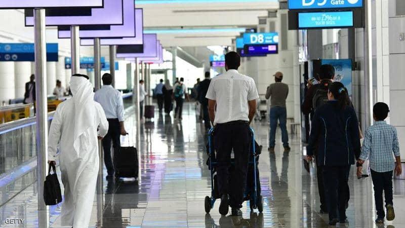 الإمارات تعلق دخول