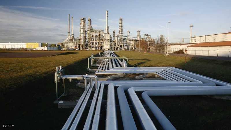 الإمارات تعلن استعدادها لتعويض النقص بمعروض النفط بعد العقوبات على إيران