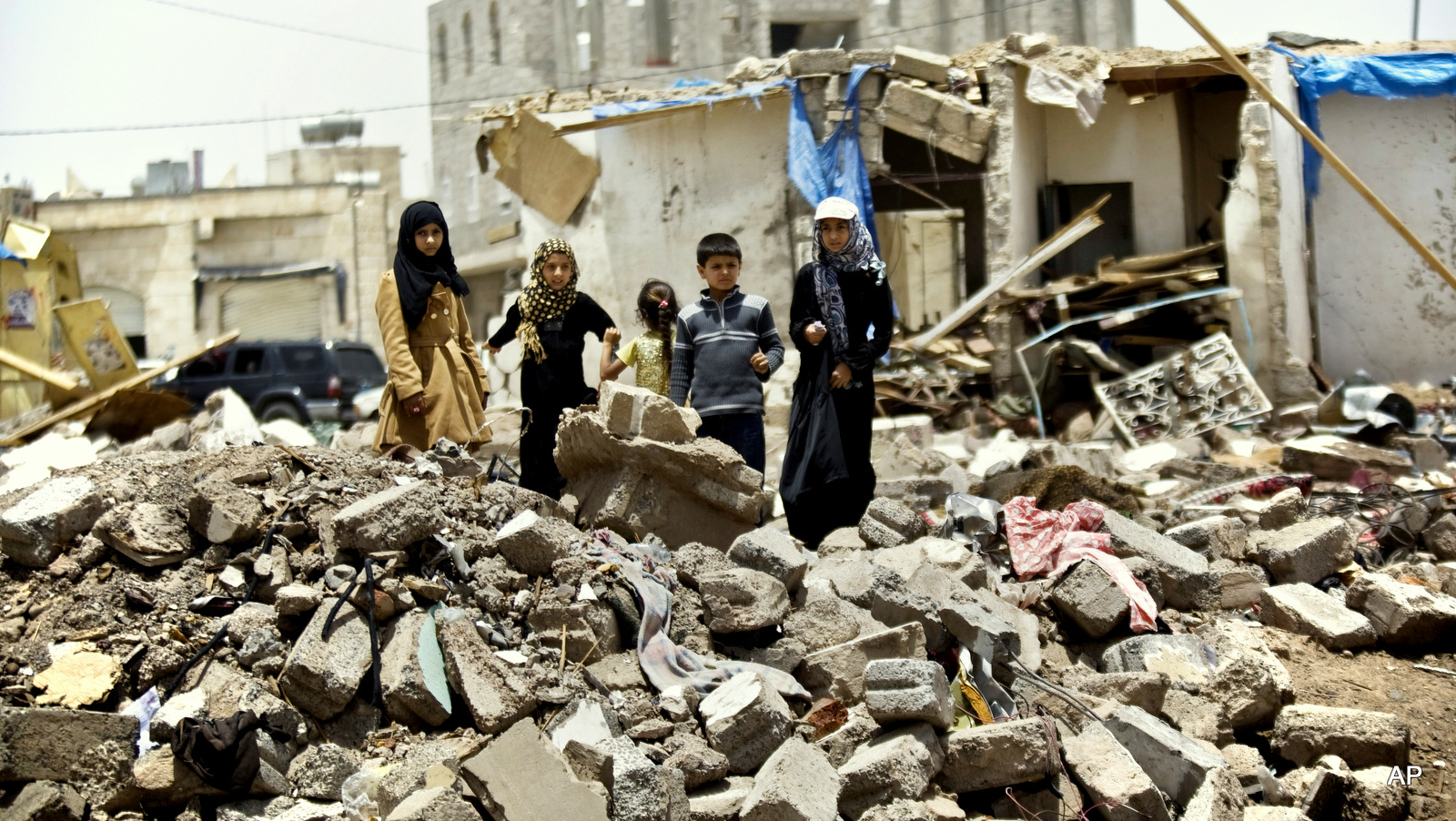 الإمارات تؤكد لمجلس الأمن التزام التحالف بالعمل الإغاثي في الحديدة باليمن