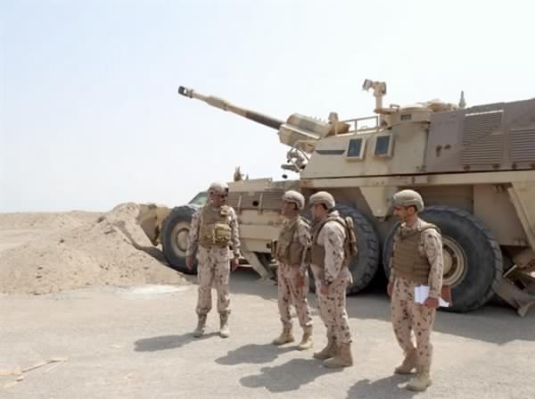 رئيس الأركان يزور القوات الإماراتية المشاركة في عملية الحديدة باليمن