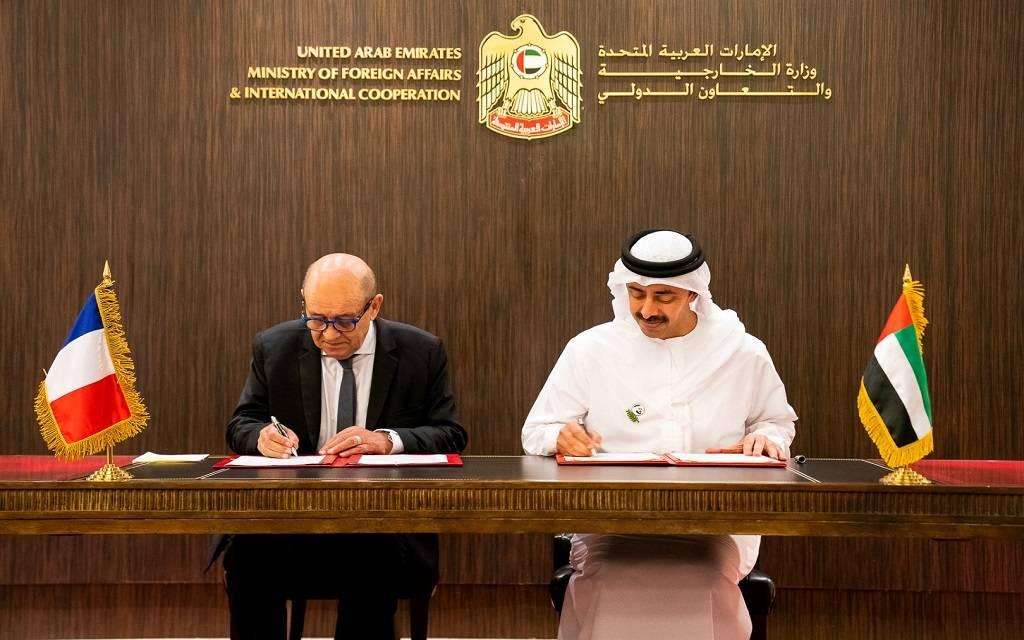 عبدالله بن زايد يوقع مع وزير الخارجية الفرنسي خطاب نوايا للشراكة في التنمية المستدامة