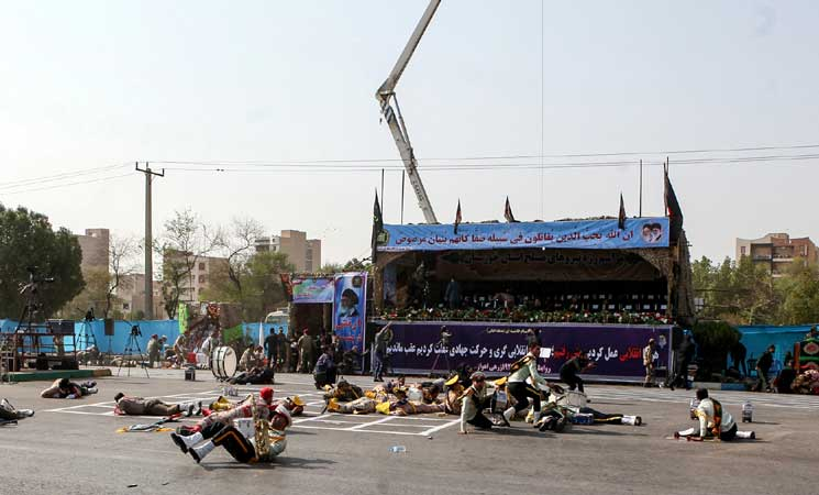 مقتل 24 شخصا وإصابة العشرات في هجوم الأهواز والحرس الثوري يتهم السعودية