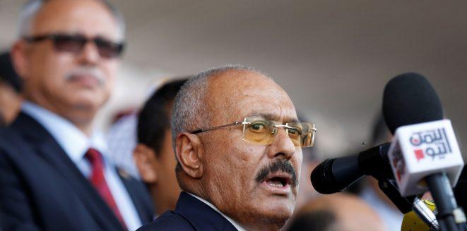 المتحدث بإسم الرئيس اليمني المخلوع: الإمارات أقنعت صالح بالتحالف مع الحوثيين لإسقاط