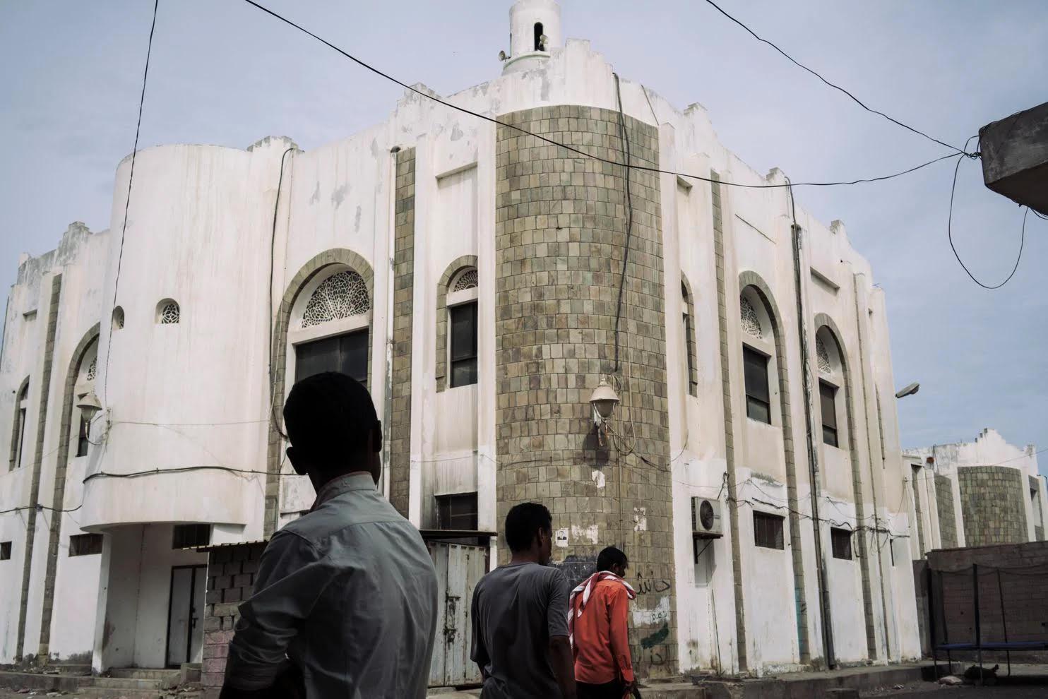 (واشنطن بوست) ميليشيات موالية للإمارات وراء اغتيال أئمة المساجد اليمنيين