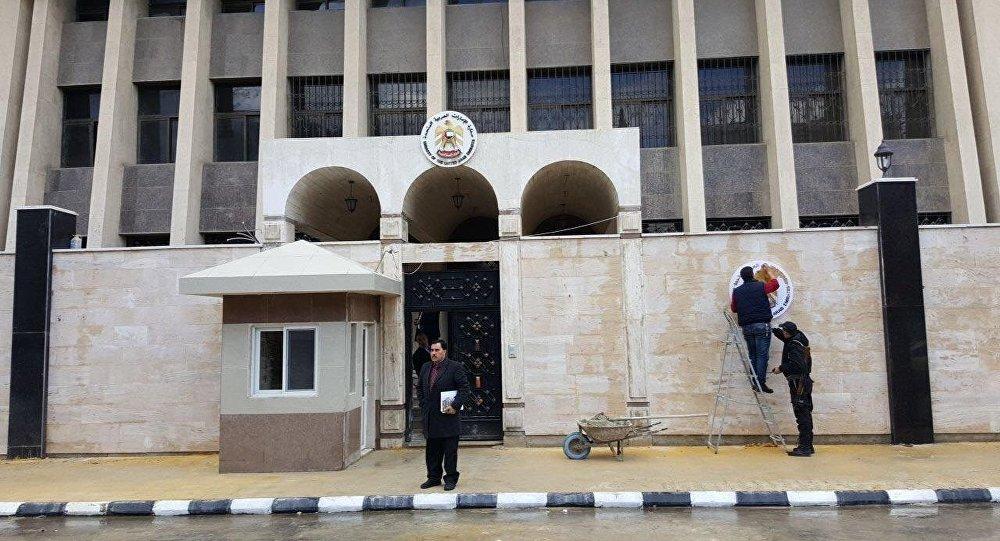 الإمارات تعلن تنفيذ برنامج للمساعدات الغذائية في دمشق خلال شهر رمضان