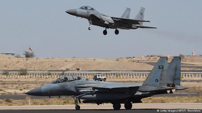 قائد القيادة المركزية الأمريكية: السعودية والإمارات ستدفعان فاتورة الدعم الجوي باليمن
