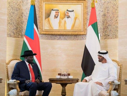 محمد بن زايد يبحث مع رئيس جنوب السودان العلاقات بين البلدين