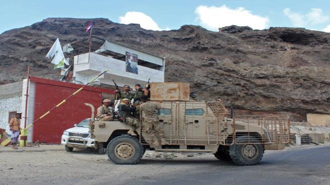 محافظ شبوة يتهم القوات المدعومة إماراتياً بتخريب أنابيب النفط