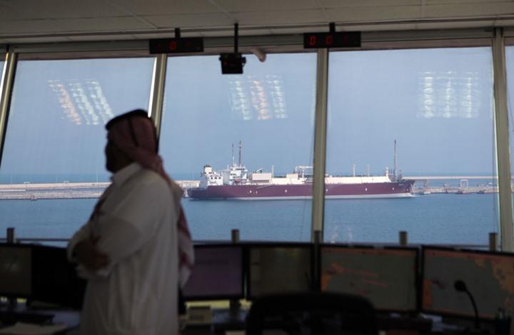 قطر تشحن الغاز المسال للإمارات بعد تعطل بخط دولفين