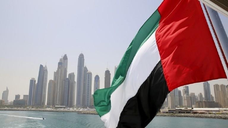 الإمارات تعلن نجاح جهودها في الإفراج عن 4 أجانب كانوا محتجزين في ليبيا