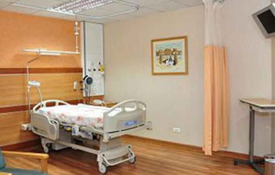الإمارات تستحوذ على مستشفى الكاتب بالقاهرة وتوسع هيمنتها على القطاع الصحي بمصر