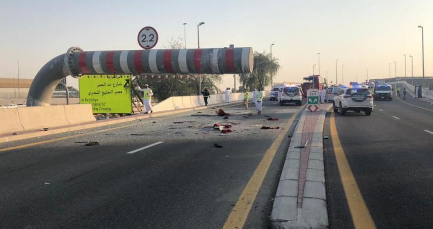 مصرع 17 سائحاً إثر تعرض حافلة عُمانية لحادث سير بدبي