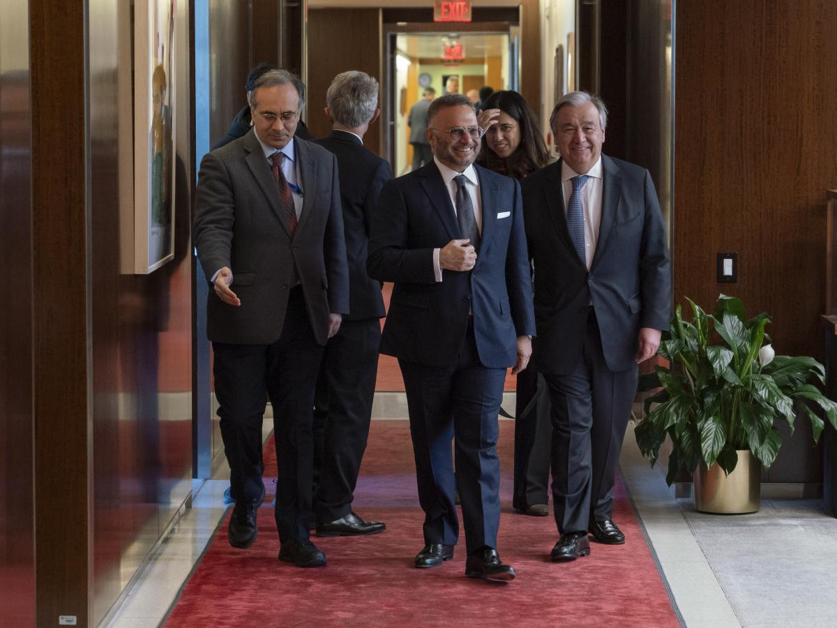 قرقاش يلتقي مسؤولين بالأمم المتحدة ويؤكد دعم الإمارات للحل السلمي باليمن